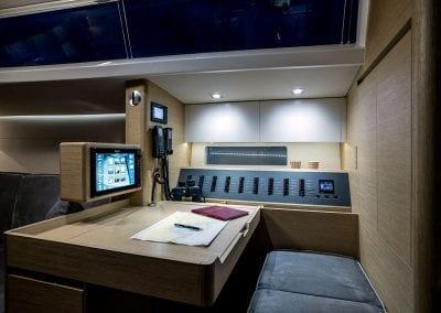 x65 interior 3