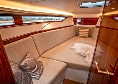 x-yachts x-power 33c dealer usa